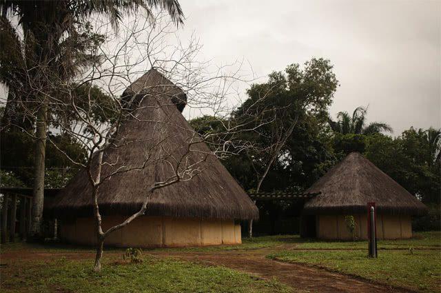 Réplica da sede administrativa do Quilombo dos Palmares.