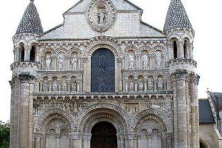 Arquitetura medieval – Estilo gótico e romântico