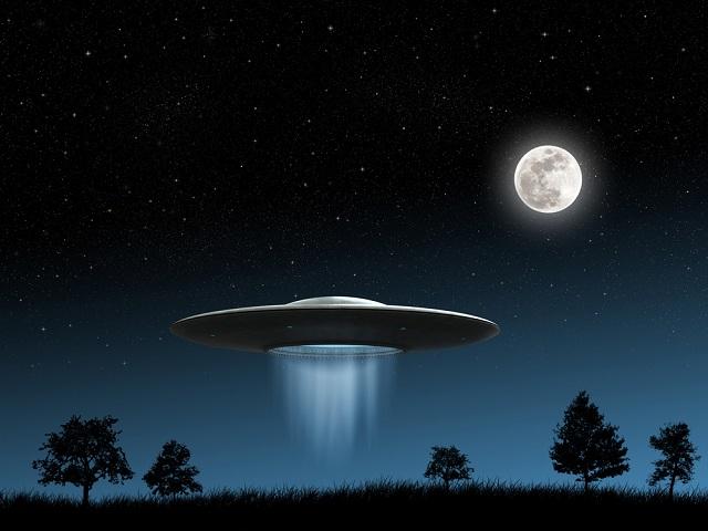 A ufologia estuda as evidências a respeito de fenômenos místicos e sobrenaturais