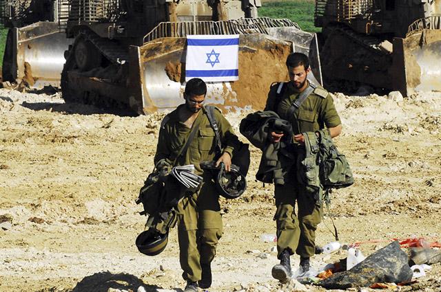 Os conflitos na Faixa de Gaza que continuam se estabelecendo visam o desarmamento dos militares palestinos