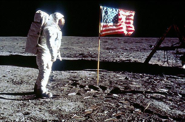 A conquista da lua pelo homem