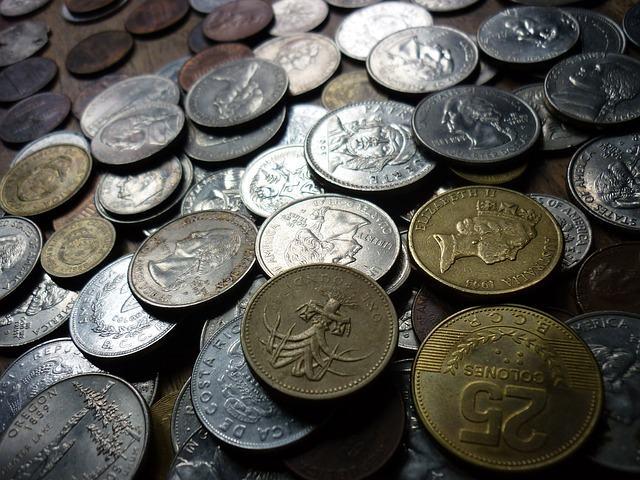 História do comércio - Sistema de trocas e moeda