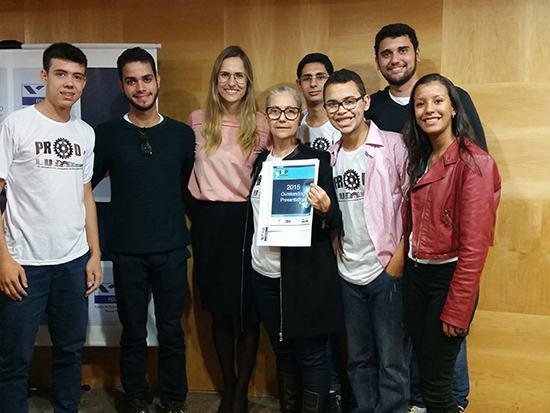 Alunos brasileiros são premiados em competição latino-americana
