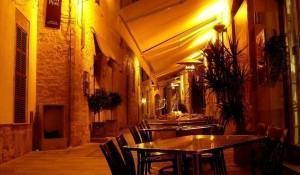 bistro-pequenos-restaurantes-populares-na-franca