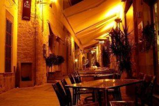 Bistrô: pequenos restaurantes populares na França
