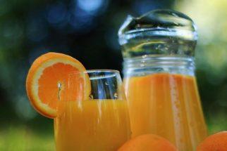 Entenda a diferença entre néctar, suco natural e refresco