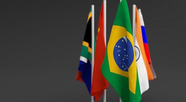 Bandeiras dos países BRICS