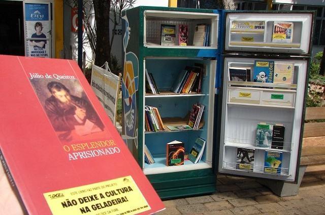 'Geladeiras de Livros': conheça o projeto que estimula leitura em espaços públicos