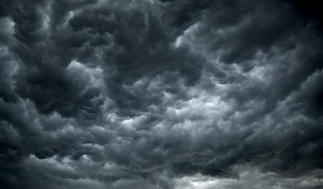 As nuvens verdadeiramente não têm cores
