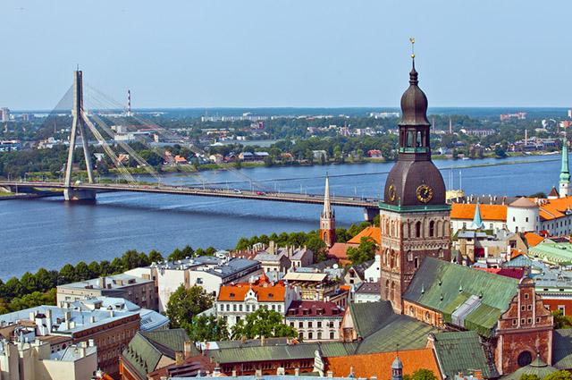 A Letônia, junto a Estônia e Lituânia, forma os Países Bálticos