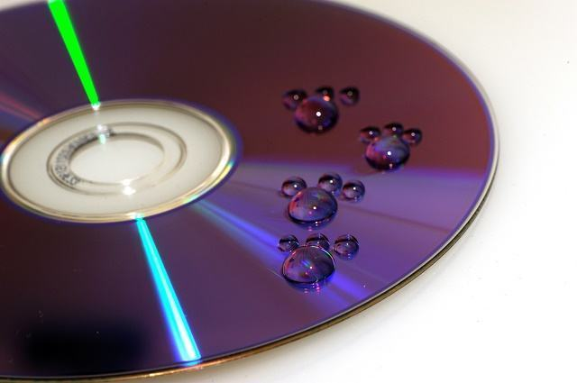 Serve limpar CD, DVD ou Blu- ray com álcool etílico? - Estudo Prático