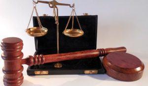 diferenca-entre-poderes-judiciario-executivo-e-legislativo