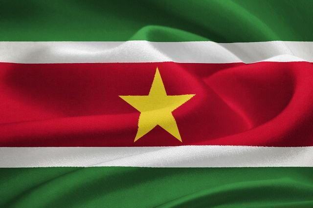 História e significado da bandeira do Suriname