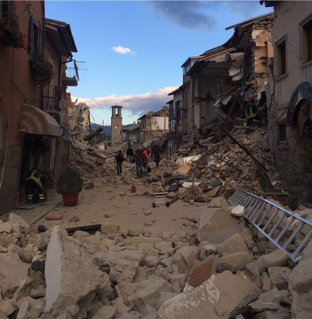 Corso-Umberto-destruido