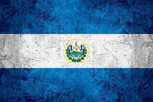 Descubra o significado da bandeira de El Salvador