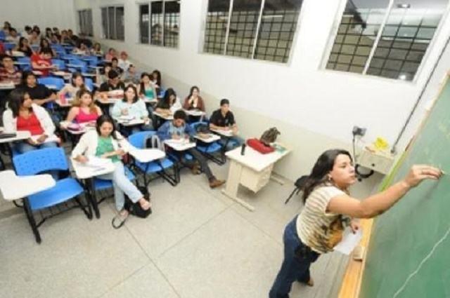 UFGD oferta vagas para curso preparatório para o Enem