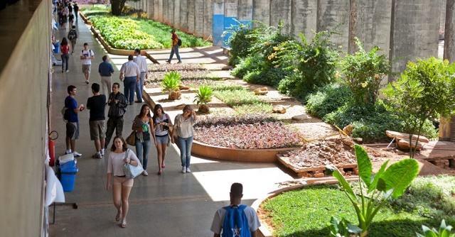 UnB oferta mais de 4 mil vagas em 99 cursos pelo PAS - Estudo ...