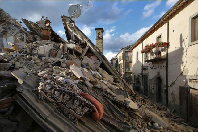via-roma-depois-do-terremoto