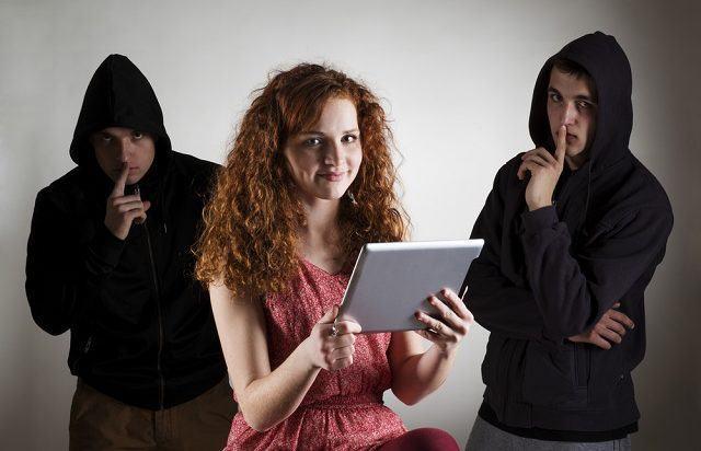 Descubra como identificar ladrões nas redes sociais