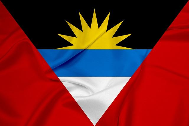 Descubra o significado da bandeira da Antígua e Barbuda