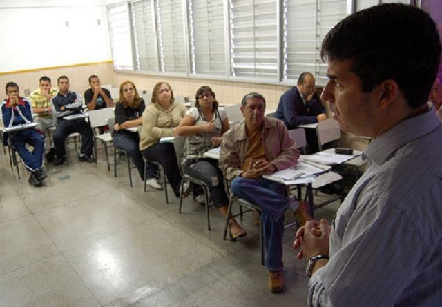 Enem: escolas com bom desempenho possuem professores com formação