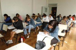 Contratos do Fies serão mantidos, garante Ministério da Educação