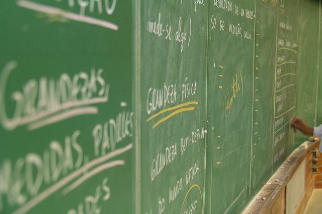 Somente 115 escolas alcançam nível mais alto na nota da redação ...