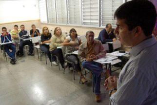 Governo de SP promete dialogar sobre reforma do ensino médio