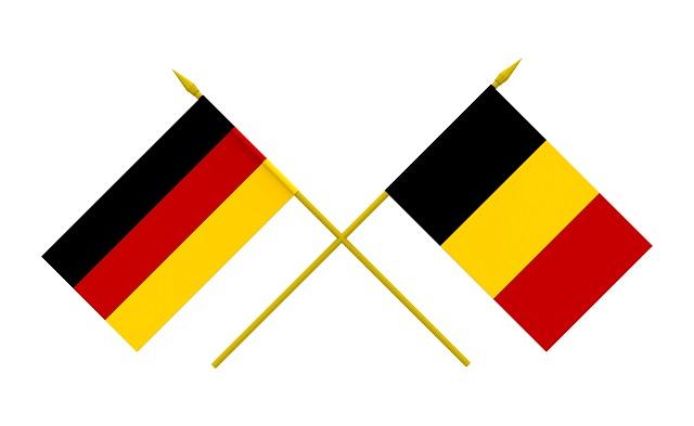 Bandeiras da Bélgica e Alemanha