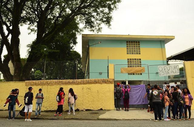 SP tem 3 escolas e reitoria ocupadas; já no DF, polícia faz desocupações