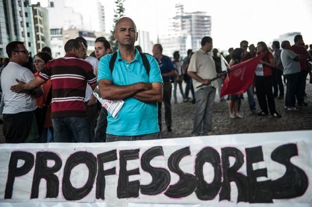 Greve de professores atinge mais de 30 instituições federais e estaduais
