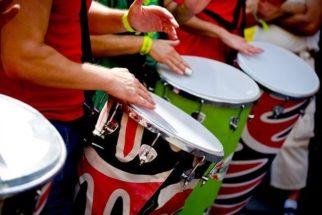 A origem do axé music, gênero musical brasileiro