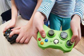 """""""Supernanny"""" dá dicas de como manter os filhos longe das más influências"""