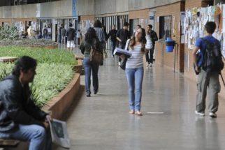 Feirão oferta financiamento sem juros em várias faculdades do País