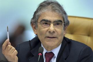 Biografia do ex-ministro do STF Ayres Britto