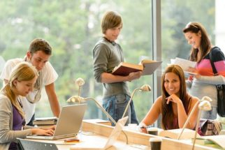 Universidades publicam listas de aprovados no vestibular 2017