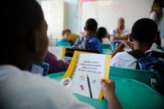 Alfabetização entre filhos de ricos é até 6 vezes maior que entre os de pobres