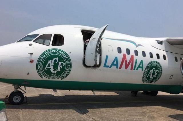 Avião da empresa Lamia, que transportou a equipe da Chapecoense