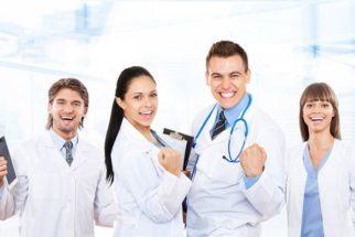 Quer passar em medicina? Aprovados contam experiências e dão dicas