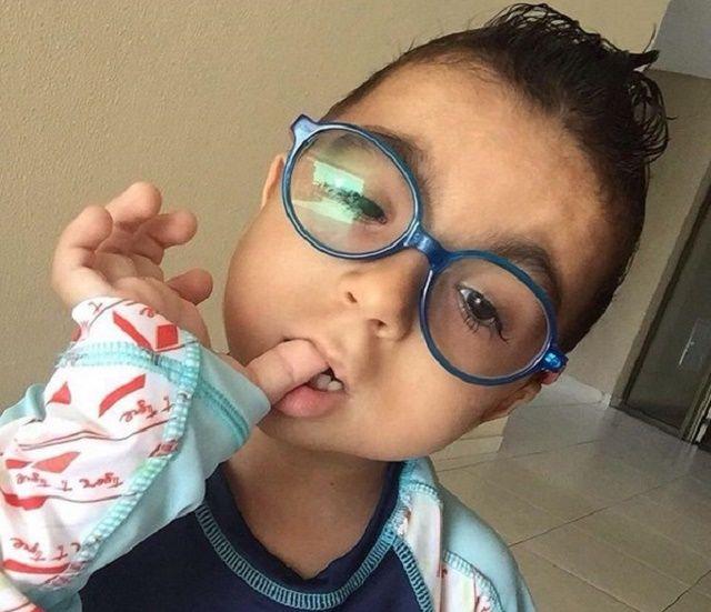 Garoto de 6 anos tem anomalia rara ainda sem diagnóstico e pais buscam ajuda