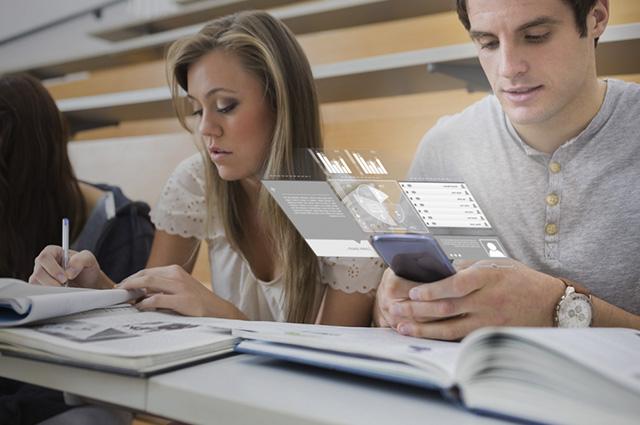 Intensifique seus estudos praticando inglês pelo celular
