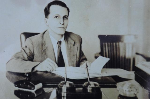 Luís Carlos Prestes nasceu em 1898 em Porto Alegre, Rio Grande do Sul