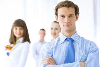 Qual o papel do administrador, quanto ganha e o que faz