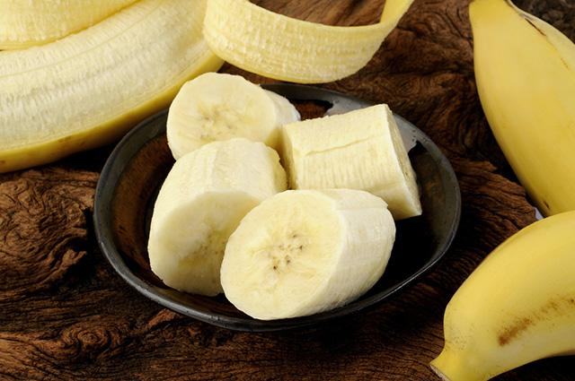Os pontinhos pretos da banana não são sementes