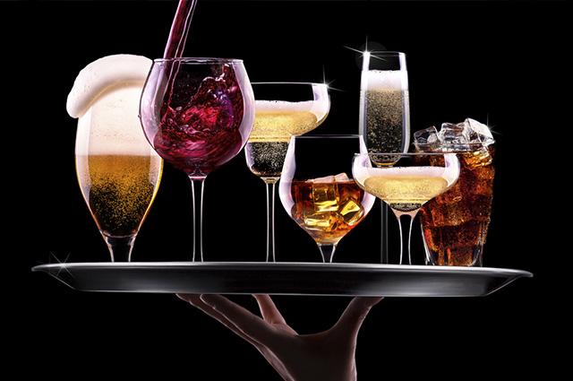 A cerveja, o espumante e o saquê possuem teor alcoólico mais brando