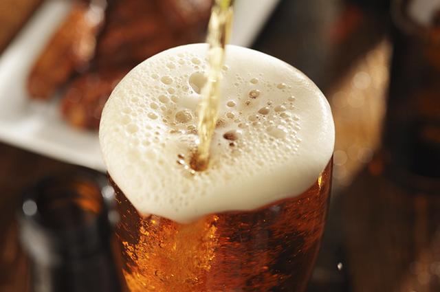 A cerveja é extraída a partir da cevada, lúpulo e malte
