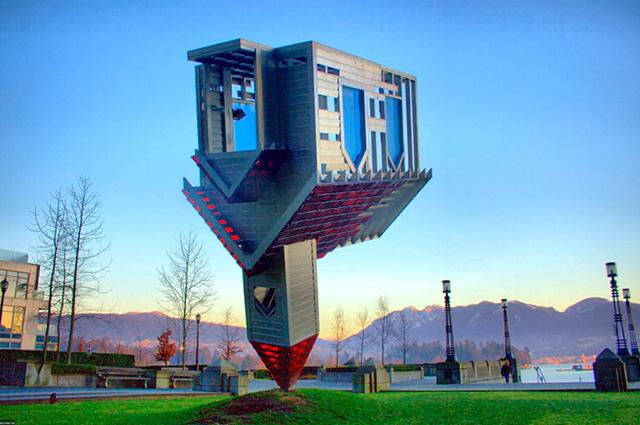 O Device to Root Out Evil, no Canadá, é um dos prédios mais diferentes do mundo