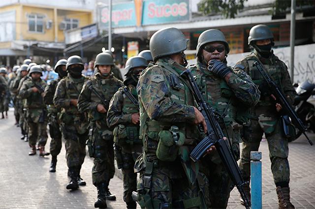 Controlar algo incontrolável por outra entidade pública é o papel da intervenção militar