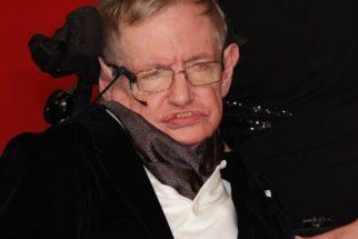 A biografia de Stephen Hawking; conheça as suas obras