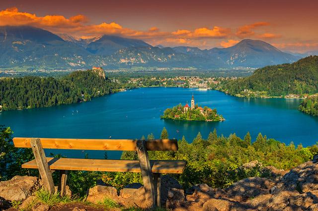 O Lago Bled, na Eslovênia, é um dos lagos mais bonitos do mundo
